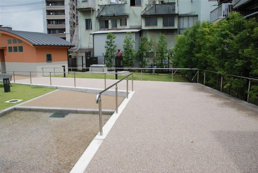 日田市中央公園(景観透水性舗装)