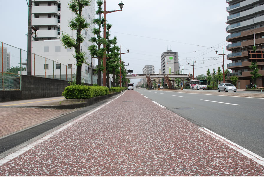 熊本市バス専用レーン(半たわみ性舗装)